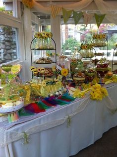 Candy Bar at Rancho De Las Palmas Wedding #wedding #weddingday #weddingideas #weddingtrends #weddingfun #weddingreception #colorful #food #desserts #candy #candybar #sweet #awesome #cookies #cakepops #ranchodelaspalmas #ranchodelaspalmaswedding