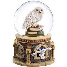 San Francisco Music Box Company Harry Potter Hedwig Waterglobe (Kitchen)  http://www.mypricecompare.com/bestproducts.php?p=B0013ERW1W  B0013ERW1W