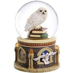San Francisco Music Box Company Harry Potter Hedwig Waterglobe (Kitchen)  http://www.mypricecompare.com/bestproducts.php?p=B0013ERW1W  B0013ERW1W