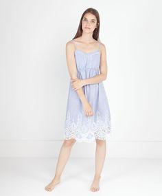 Chambray maxi-embroidery nightdress - OYSHO 29.99 €