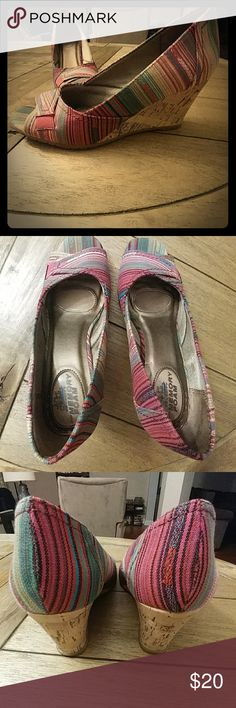 "Beach striped canvas Life Stride wedges So cute and hella comfortable in deep pink/multicolored stripe canvas! Life Stride ""Promote"" wedges, size 7M. Worn once, original box. Life Stride Shoes Wedges"