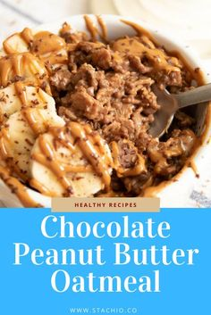 This Chocolate Peanut Butter Oatmeal recipe is the perfect start to your day. It's one of the most indulgent breakfasts I've had in a long time. Peanut Butter Roll, Peanut Butter Oatmeal, Chocolate Peanut Butter, Chocolate Recipes, Clean Recipes, Organic Recipes, Real Food Recipes, Healthy Snacks, Healthy Recipes