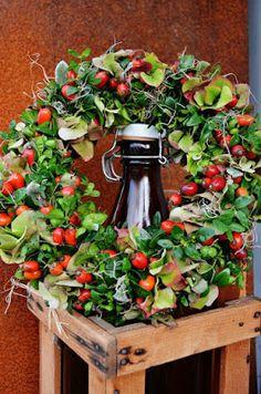 Beautiful wreath ...♥♥...