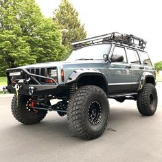 After several years of racing this Jeep has been a great pre-runner and scouting and camping vehicle. The Jeep runs and drives great (for a Jeep without sway bars). Lifted Xj, Lifted Jeep Cherokee, Lifted Cars, Jeep Grand Cherokee, Lifted Cummins, Old Jeep, Jeep 4x4, Jeep Truck, Jeep Sport