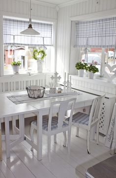 Another home in Sweden I want to move into!!! I am dying over this kitchen.