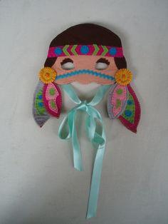 Antifaz Pocahontas by IratxeMapache on Etsy, Xmas Crafts, Diy Crafts For Kids, Pocahontas, Fete Ideas, Diy Masque, Halloween Sewing, Felt Mask, Animal Masks, Masks Art