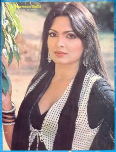 Parveen Babi So talented and pretty indian actress Bollywood Stars, Bollywood Pictures, Bollywood Actress Hot Photos, Beautiful Bollywood Actress, Most Beautiful Indian Actress, Indian Bollywood, Beautiful Actresses, Indian Film Actress, Old Actress