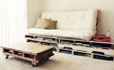 Pallet sofa, table & side table.