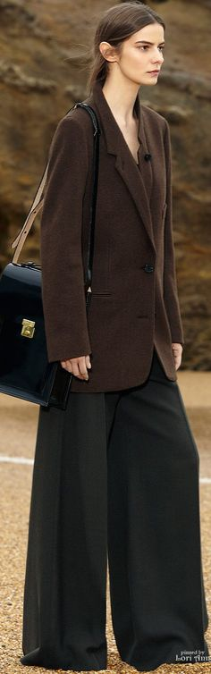 Shop designer clothes, shoes, bags & accessories for Men & Women from all over the world. Winter Fashion 2015, Autumn Fashion, Brown Fashion, I Love Fashion, Christophe Lemaire, Dark Autumn, Dressed To The Nines, Scottish Highlands, Fall 2015