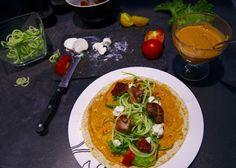 TOIT & PILT: Tomati hummuse, kalkuniliha, kitsejuustu ja köögiv...