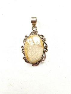 Vintage southwestern sterling silver handmade pendant 925 with crazy lace agate silver tested