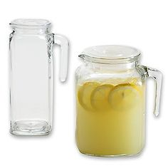 Love these pitchers with hermetically sealing tops for the fridge - would be easy for making ice tea, cucumber water, etc!