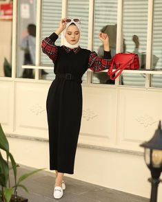 Modest Fashion Hijab, Modern Hijab Fashion, Hijab Fashion Inspiration, Abaya Fashion, Muslim Fashion, Fashion Dresses, 90s Fashion, Mode Abaya, Hijab Trends