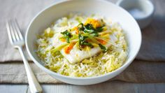 Steamed ginger fish served with egg-fried rice |      Lightly steaming the fish allows all the flavours to shine in this easy Chinese fried rice recipe.Each serving provides 253kcal, 25g protein, 2g carbohydrate (of which 1.5g sugars), 16g fat (of which 3.5g saturates), 0.1g fibre and 3.9g salt.