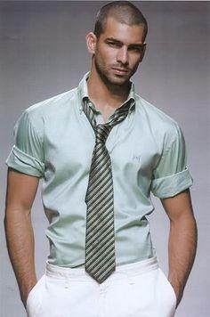 Great shirt / tie combo!  Ruben Cortada
