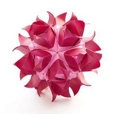Designer: Maria Sinayskaya Parts: 30 Paper: 3.75*7.5 cm (1:2) Final height: ~ 7 cm Joint: no glue