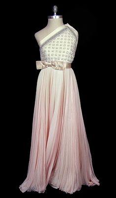 Pierre Balmain vintage wedding dress. Pierre Balmain 1970
