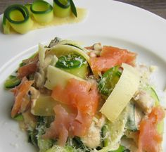 5 easy recipes made with smoked salmon to eat well: shrimp terrines are a real treat! Seafood Appetizers, Appetizer Recipes, Keto Recipes, Easy Recipes, Easy Salads, Easy Meals, Smoked Salmon, Salmon Recipes, Eating Well