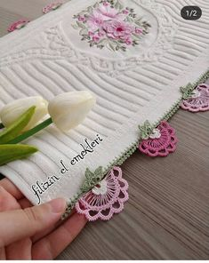 Crochet Needlework Models You Will Admire Crochet Towel, Crochet Coat, Crochet Lace, Knitting Blogs, Baby Knitting Patterns, Crochet Patterns, Embroidery Fashion, Hand Embroidery, Crochet Disney
