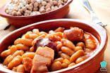 Fabada Asturiana, Beans and chorizo stew Spanish Soup, Spanish Cuisine, Spanish Dishes, Spanish Meals, Spanish Kitchen, Cooker Recipes, Crockpot Recipes, Healthy Recipes, Camping Recipes