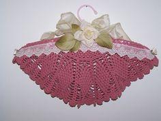Vintage Rose hanger-padded hanger