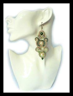 Soutache earrings beige green glass pearls Maya's by Mayasbijou €21.86 EUR on Etsy.com