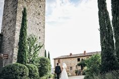 Gorgeous Castle Wedding in Tuscany