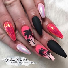 It's time to get inspired by our selection of 26 of the best nails. These are the top trending nails of instagram right now and we have embedded the direct instagram post. Make sure you follow and like these amazing nail artists and show them some love.