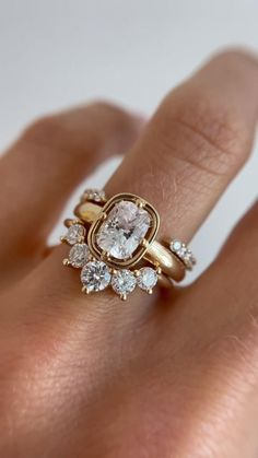 Beautiful Engagement Rings, Vintage Engagement Rings, Unique Wedding Rings, Wedding Jewelry, Indian Wedding Rings, Wedding Bands, Colored Engagement Rings, Unique Diamond Engagement Rings, Fashion Rings