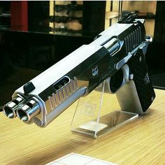 #mulpix Am I seeing double? - By : @threatdynamics -  #guns #gun #1911  #handgun #pistol #firearms #molonlabe #Usa #gunlife #gunporn  #war #shooting #military #america #tactical #1776 #1776united #pewpewpew #edc