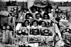 Cabeças de membros do bando de Lampião expostas na escadaria da Prefeitura de Piranhas, AL          samuel orisio