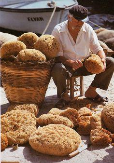 GREECE CHANNEL   greek sponge man in Kalymnos