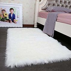 HLZDH Faux Fur Rug Soft Fluffy Rug, Shaggy Rugs Faux Sheepskin Rugs Floor Carpet for Bedrooms Living Room Kids Rooms Decor x 150 cm, white) Beige Carpet Bedroom, Living Room Carpet, Rugs In Living Room, Grey Carpet, Modern Carpet, Velvet Bedroom, Modern Rugs, White Fluffy Rug, White Fur Rug