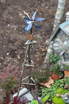 The fairy house tour around the grounds of the Florence Griswold Museum continues with photos of some of my favorite structures. Out of 33 very different styles, I found the naturalistic interpreta...