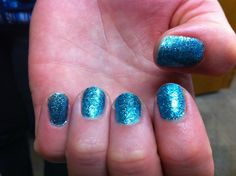 awesome Sparkle with Glitter Nails | Aelida