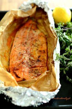 łosoś-pieczony-przepis Cooking Recipes, Healthy Recipes, Polish Recipes, Halibut, Salad Recipes, Seafood, Good Food, Food Porn, Food And Drink