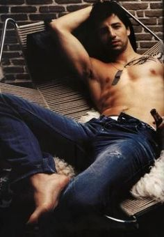 Sakis Rouvas Single Men, Male Feet, Cute Guys, Character Inspiration, Beautiful Men, Boy Or Girl, Real Life, Cool Style, Told You So