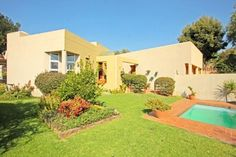 3 Bed | 2 Bath | Double Garage in Radiokop Contact me to view Annie 083 600 2185 antoinettem@everitt.co.za