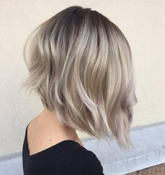 70 Devastatingly Cool Haircuts for Thin Hair - - Platinum Balayage Bob Bobs For Thin Hair, Short Thin Hair, Short Hair Cuts, Thick Hair, Thin Hair Haircuts, Cool Haircuts, Bob Hairstyles, Haircut Short, Hairstyles Pictures