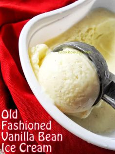 Old Fashioned Vanilla Bean Ice Cream.from scratch! No Ice cream Maker Needed! Made this today - easy and tastes delicious! Cold Desserts, Ice Cream Desserts, Frozen Desserts, Ice Cream Recipes, Just Desserts, Delicious Desserts, Dessert Recipes, Awesome Desserts, Deserts