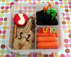 Bento Box fun - that sandwich shaped like a violin is magnificent.    {Bento-logy: She Plays the Violin} Lashof Violins