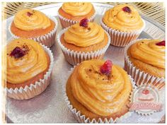 Kávés muffin karamellkrémmel Cheesecake Pops, Breakfast Recipes, Dessert Recipes, Yummy Mummy, Mini Cupcakes, Love Food, Keto Recipes, Food Porn, Cup Cakes