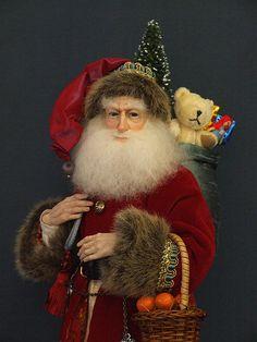 Incredibly lifelike face!  Handmade, artist Santa from The Dollsmith Store