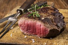Steak your claim on fine dining in Mayfair, thanks to today's deal. Steak you. Steak your claim on fine dining in Mayfair, thanks to today's deal… Steak your claim on fine d Rump Steak Recipes, Grilling Recipes, Beef Recipes, Cooking Recipes, I Love Food, Good Food, Yummy Food, Sous Vide, Hanger Steak