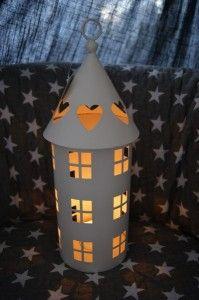 Lampion metalowy biały domek 33cm !