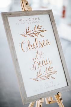 Rustic coastal wedding welcome sign | Bird on the Wall Photography