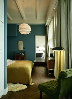 a blank canvas to explode mandalas and crystal and plants and fossils all over. The Design of Soho House — Hotel Style Teal Bedroom Walls, Bedroom Green, Green Rooms, Bedroom Colors, Home Bedroom, Peaceful Bedroom, Ochre Bedroom, Green Walls, Modern Bedroom
