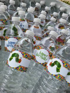 Free party printables, very hungry caterpillar, water bottle labels, favor tags, invitations. Free downloads, birthday party