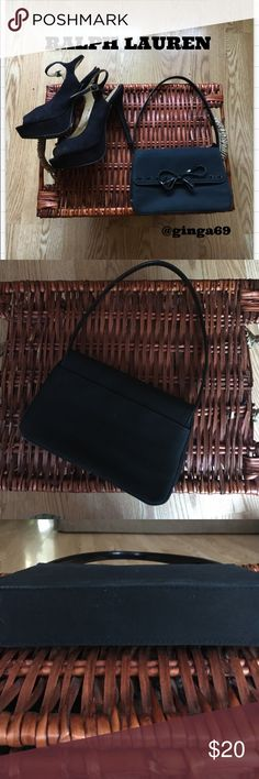 Ralph Lauren purse Ralph Lauren small black purse. Leather bow with no wear and tear, minimal use like new  Ralph Lauren Bags Shoulder Bags