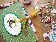 DIY Christmas Planner | How to make your own Christmas Planner to make you more organised this Christmas. #christmas #planner #holidays #organiser #organisation #organization #diy #crafts
